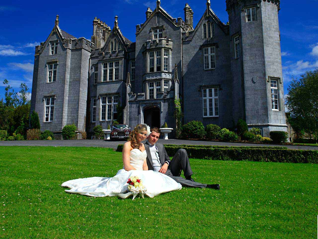 kinitty castle wedding in Offaly, Ireland